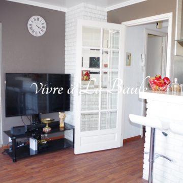 Ref 1862 / LA BAULE, HYPER CENTRE, CHARMANT APPARTEMENT T2 d'environ 34 m² RENOVE